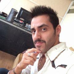 Mahdi M.