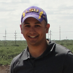 Carlos E B.