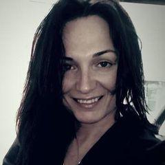 Irene Lopez de V.