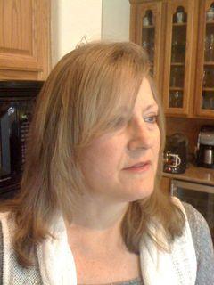 Cynthia Linardos, MD, M.