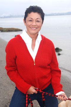 Elaine Nisperos B.