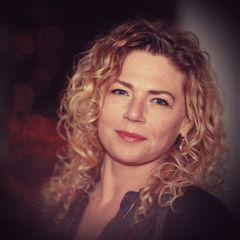 Amy van S.