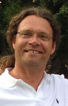 Dirk M.
