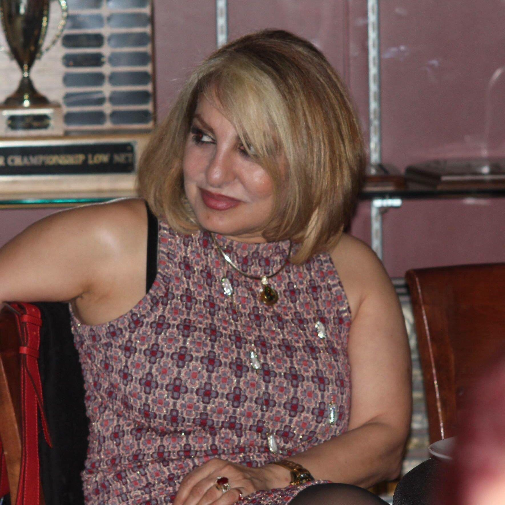 meet canoga park singles Canoga park, ca 4 chona, 58  meet new people in thousand oaks sign up for free on twoo and get to know new singles in thousand oaks.