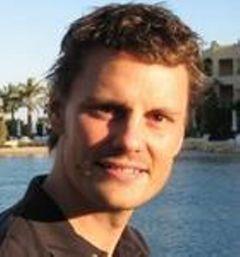 Christoffer L.