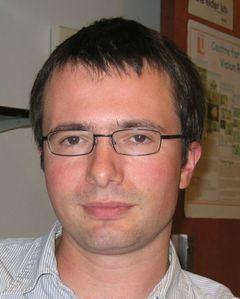 Simon M.