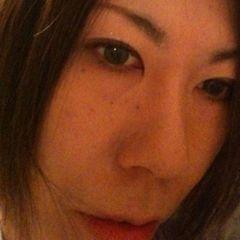 Yumi H.