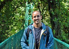 Luis Miguel R.