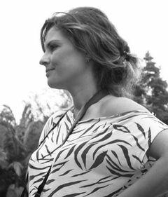 Ana Paula Vidal R.