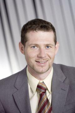 Reinhard E.