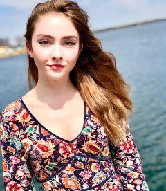 Victoria Lynn P.