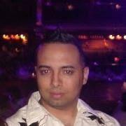 Jhonnathan M.