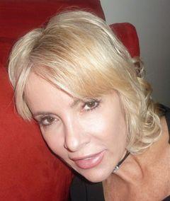 Andrea (.