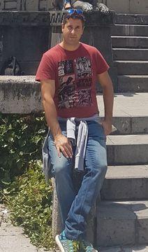 Carlos Rayon A.
