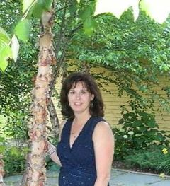 Cathy Vella C.