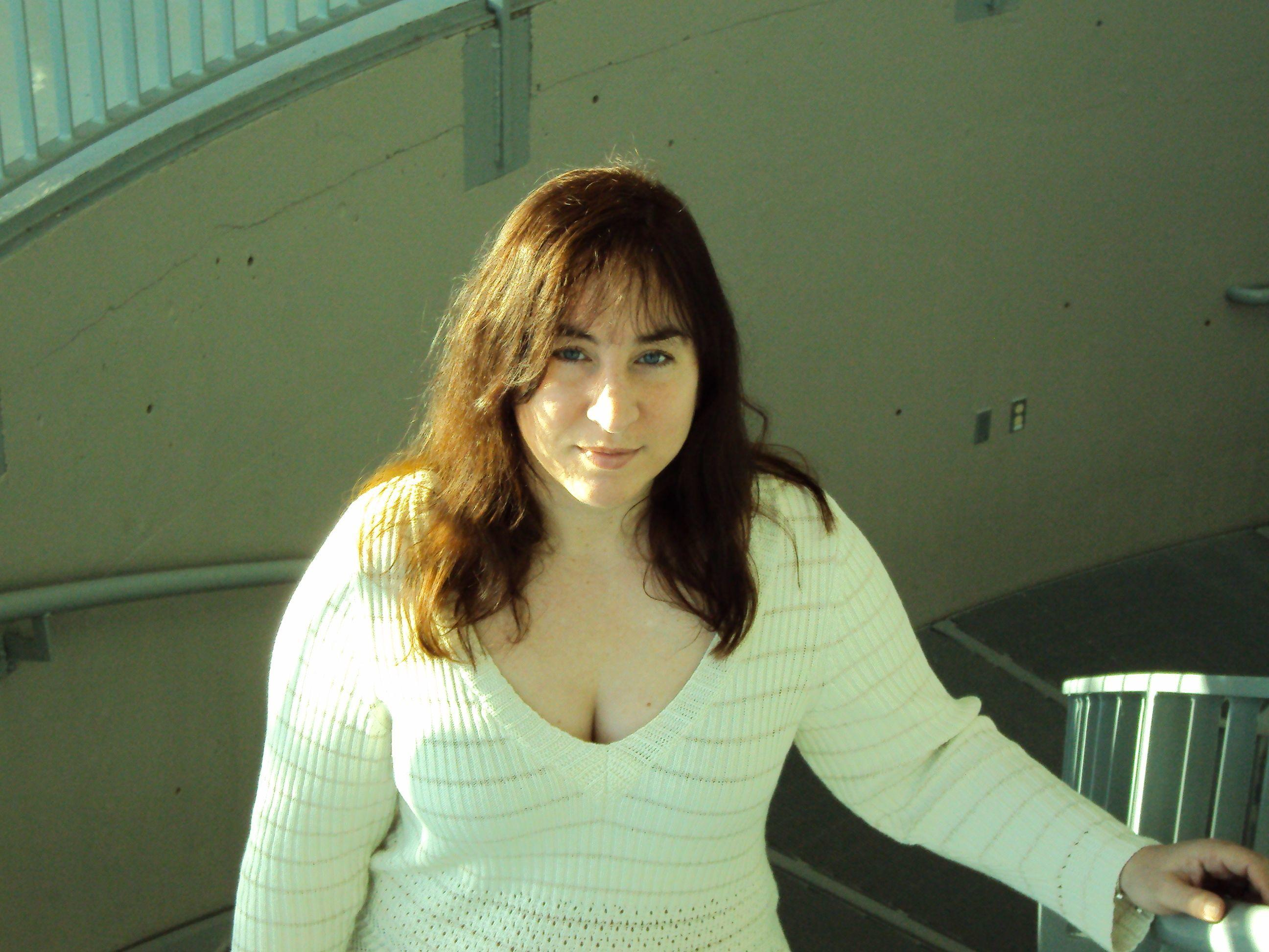 """single women in tualatin Get together with local men from tualatin, or  """" i want to enjoy company of women"""" i am single and a virgin i waited all my life to find right women in my."""