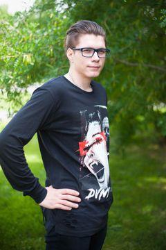 Andrey (.