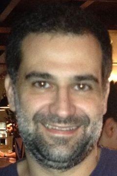 Mauricio N.