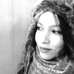 Shayna Yveline L.