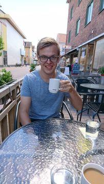 Gustaf L.