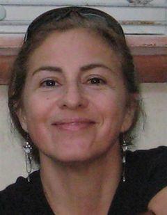 Maria Teresa L.