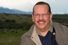 Cesar R.