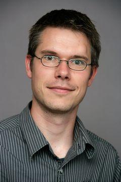 Arjan M.