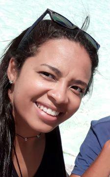 Ana Paula R.