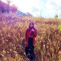 Siti Nur F.