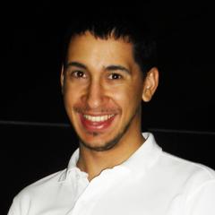 Alberto González T.