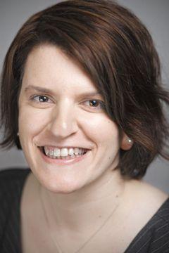 Cassie DeWitt, Data S.