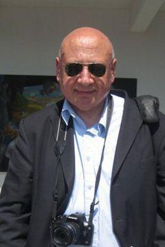 Ronis V.