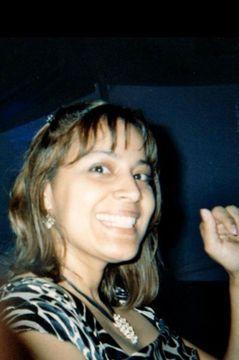 Claudia R