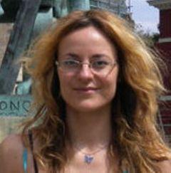 Luiza V.