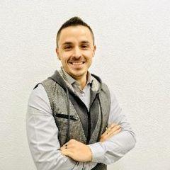 Oliver Calvo G.