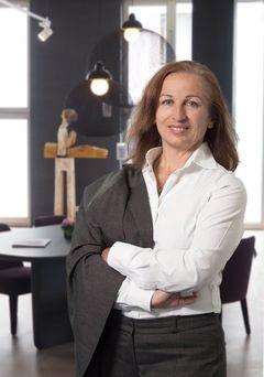 Dr. Brigitte P.
