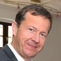 Steffen U.