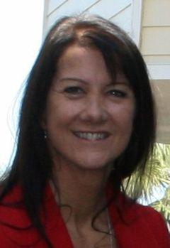 DyAnne W.