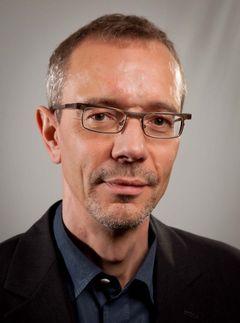 Martin L.