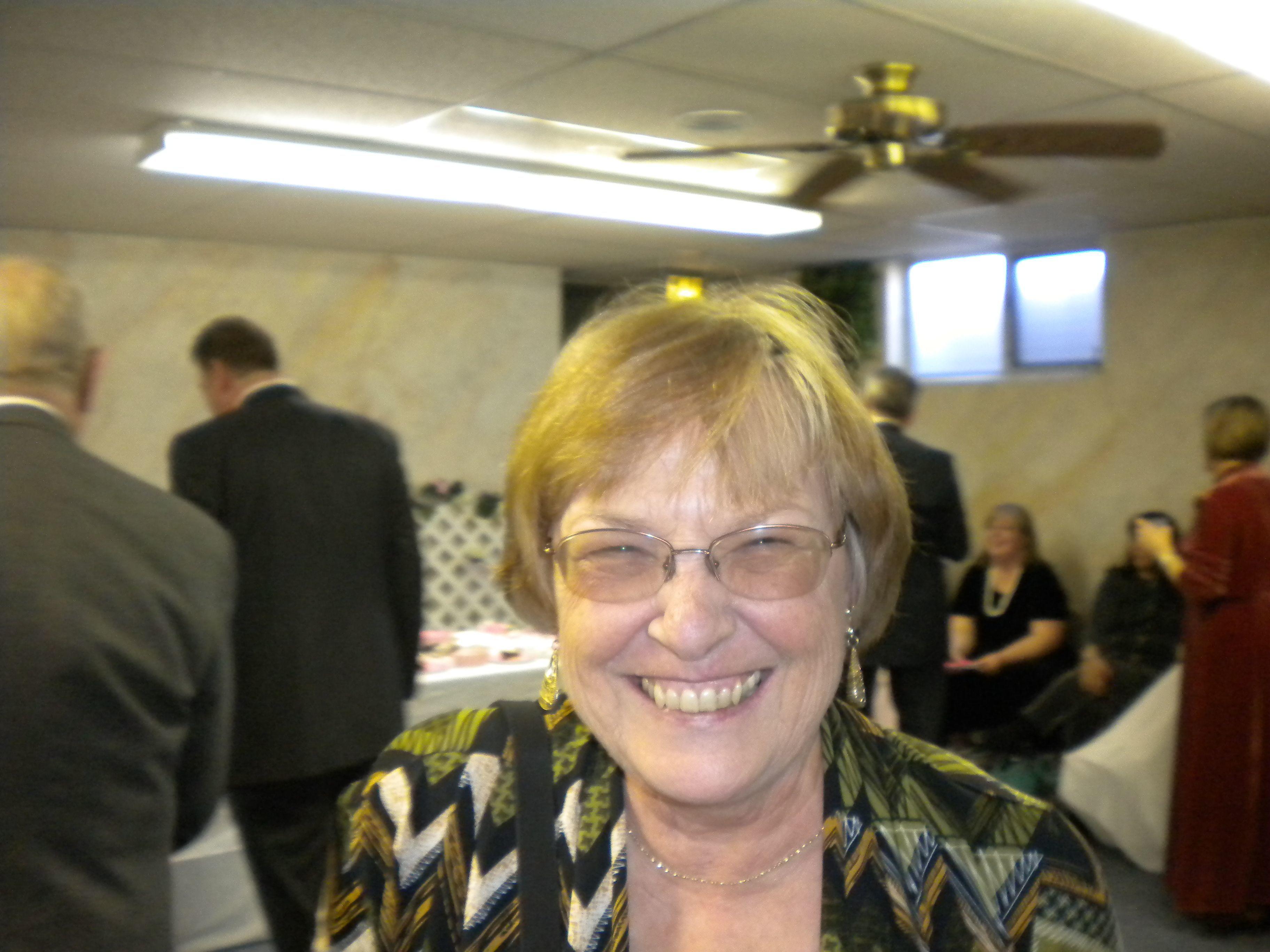joyce senior singles View joyce boerkoel's profile on linkedin,  de meeste singles die zich inschrijven bij individuo wonen in drenthe,  familytherapist, senior lecturer,.