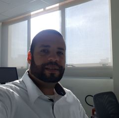 Mauricio M.