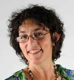 Andrea I.