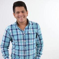 Criss Contreras T.