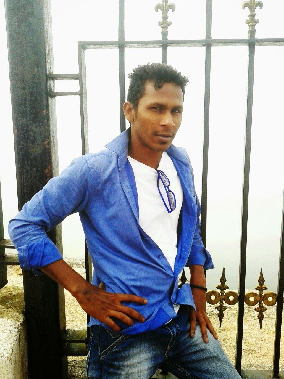 Club de rencontres à Bangalore fille drôle datant chemises