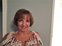 Linda Hollis M.