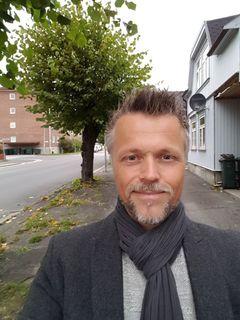 Jon Martin E.