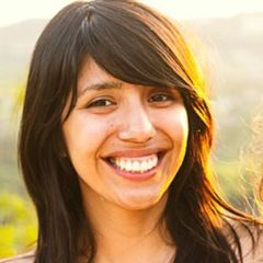 Stephanie Villegas (.