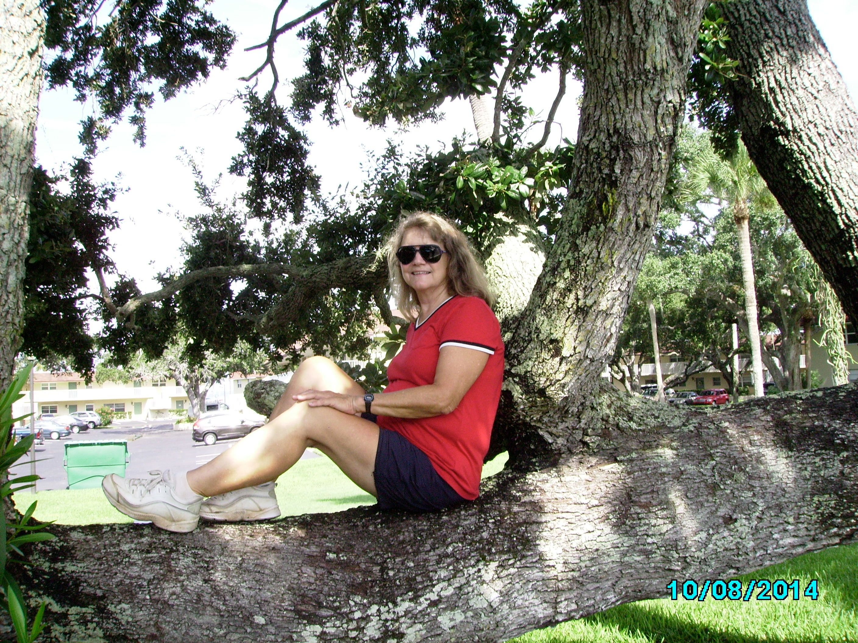social circle mature singles Mature dating made easy meet singles in your area looking for friendship or love dating site for singles in their 40s, 50s, 60s meet someone special today.
