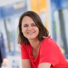 Nicole Van Der H.