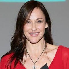 Gail Laguna U.